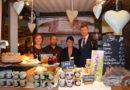 Grüne Woche: Ministerpräsident Dietmar Woidke besucht den Stand des Landkreises OSL