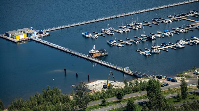 Bärwalder See verfügt über wasser- und landseitige Dauerliegeplätze